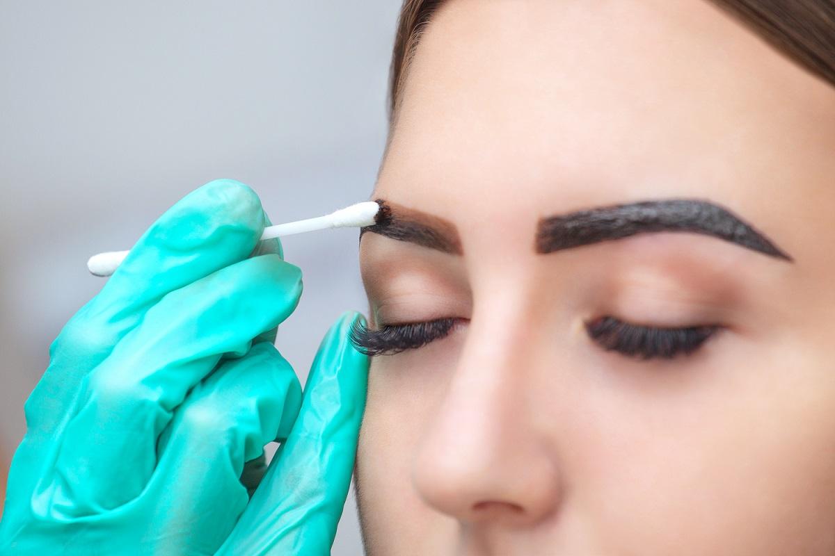 Eyebrow Henna: Henna Brow Styling Course